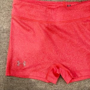 Under Armour Shorts - Under Armour Fitted Heat Gear Shorts